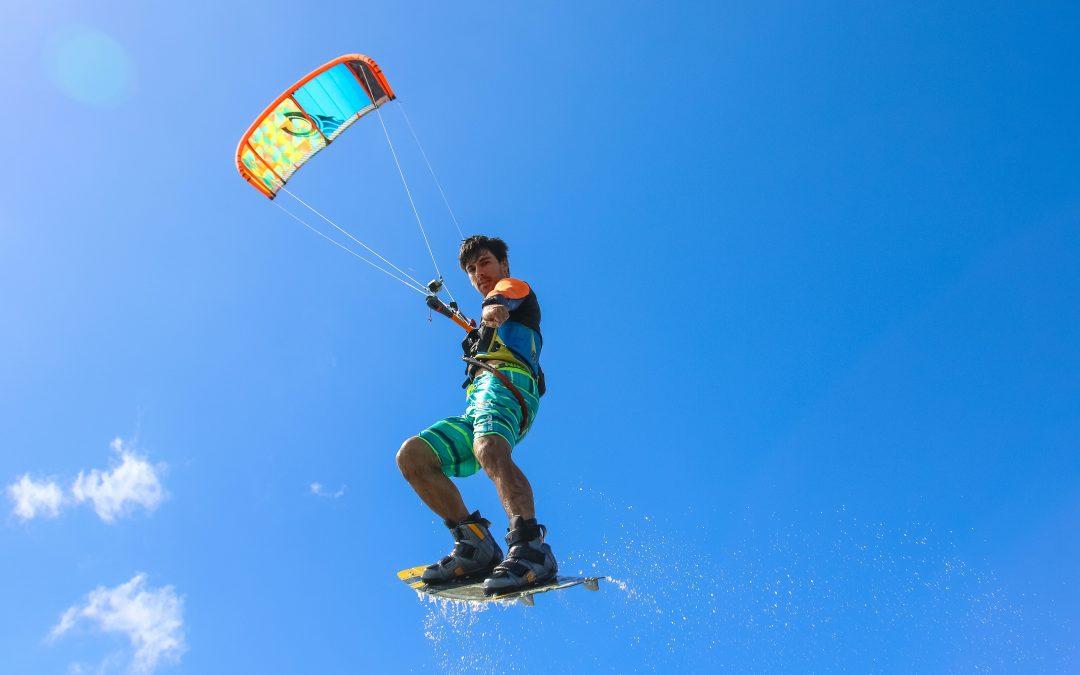 El secreto para aprender kitesurf de forma rápida y sin gastar de más